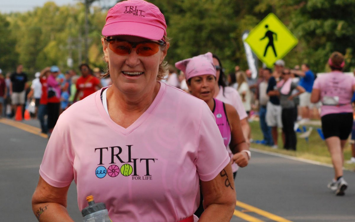 Libby Rose running in the Charlotte Ramblin Rose Triathlon