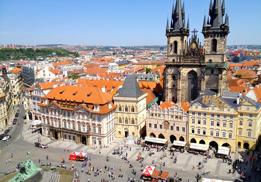 Visit Prague: Old Town Square Tower