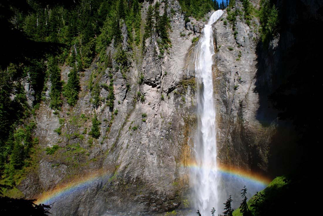 Mt Ranier Comet Falls
