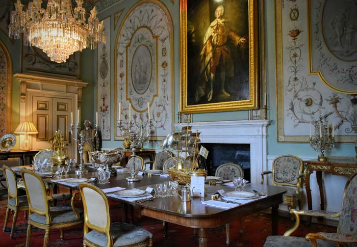 Inveraray castle scotland dining room