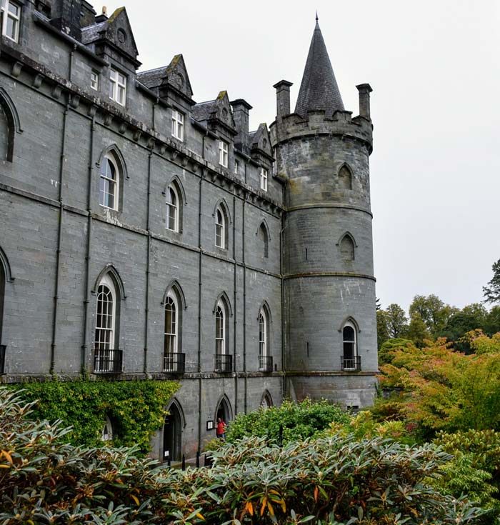 Scotland Inveraray Castle garden grounds