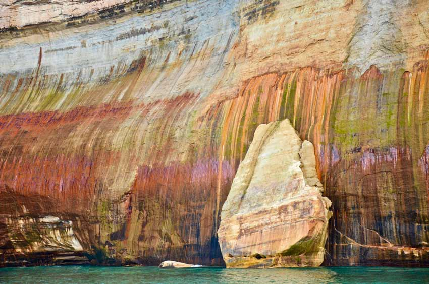 Pictured Rock cruises boat tours